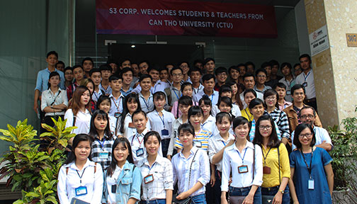 /media/77149/ctu-visit-vietnam-software-outsourcing.jpg