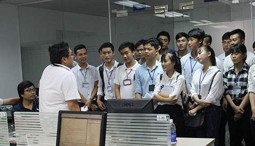 /media/77152/ctu-visit-vietnam-software-outsourcing4.jpg